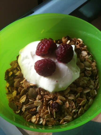 Feb 24 muesli and yogurt raspberry